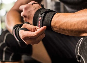 MPro Wrist Wraps Powerlifting